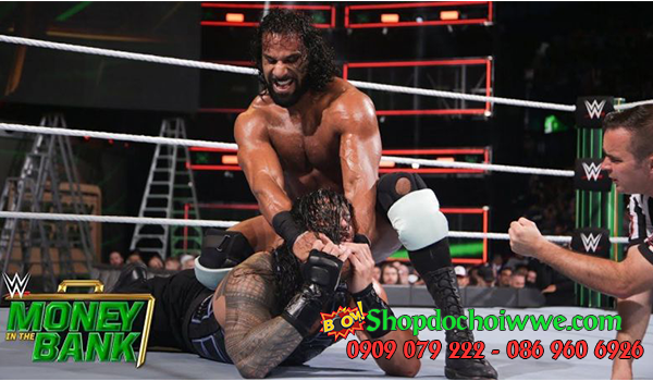 #8 Roman Reigns vs. Jinder Mahal (Money in the Bank)
